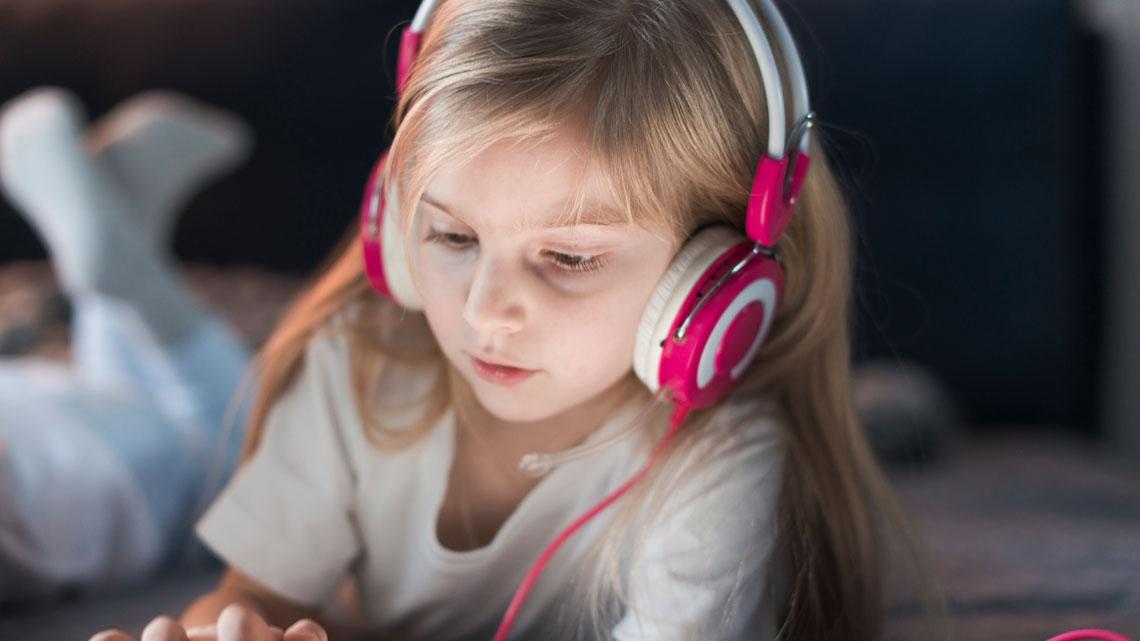 تاثیر کتاب صوتی بر آموزش کودک