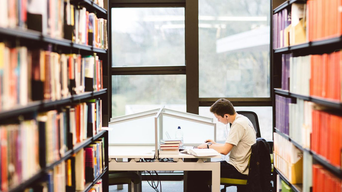 کتابخانههای جایی برای پیدا کردن کتاب رایگان