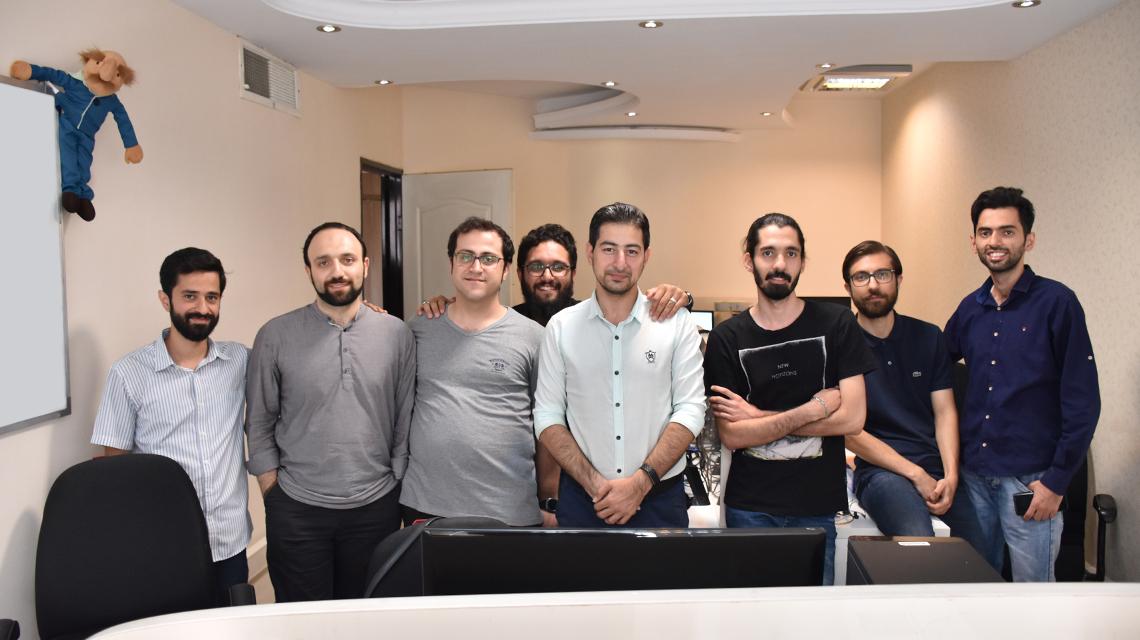 تیم فنی طاقچه و مدیرعامل