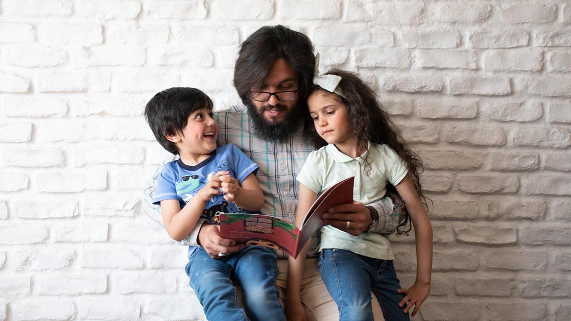 چگونه خانوادهی خود را عاشق کتاب خواندن کنیم؟