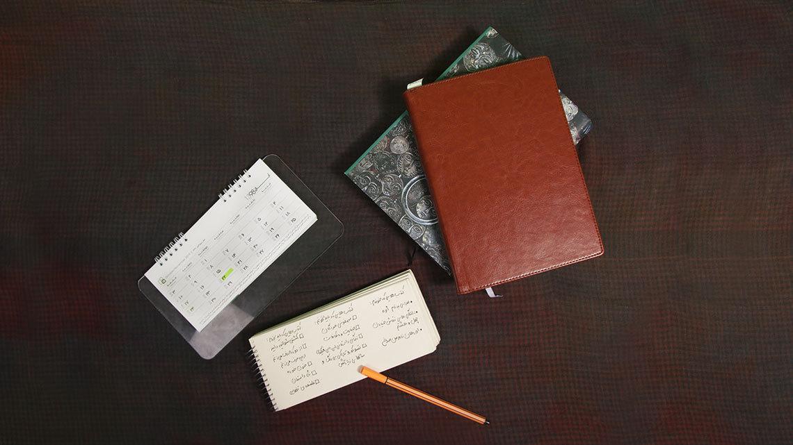 چگونه لیست یا فهرست خرید کتاب تهیه کنیم؟